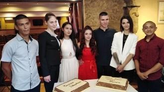 Абитуриентите от SOS детски селища Велико Търново – уверени и красиви с подкрепата на служителите на БОРИКА